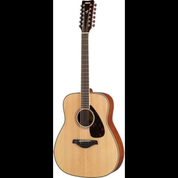 Yamaha FG820-12